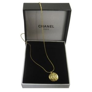 Authentic CHANEL COCO Mademoiselle Gold Necklace